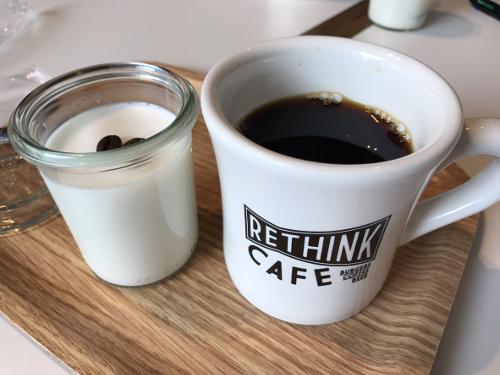 福岡にあります「プルーム・テック専用カフェ」